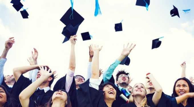 Kritik Mahasiswa Baru untuk Kampus