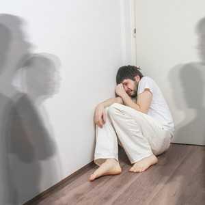 Skizofrenia dan Cara Menyembuhkannya