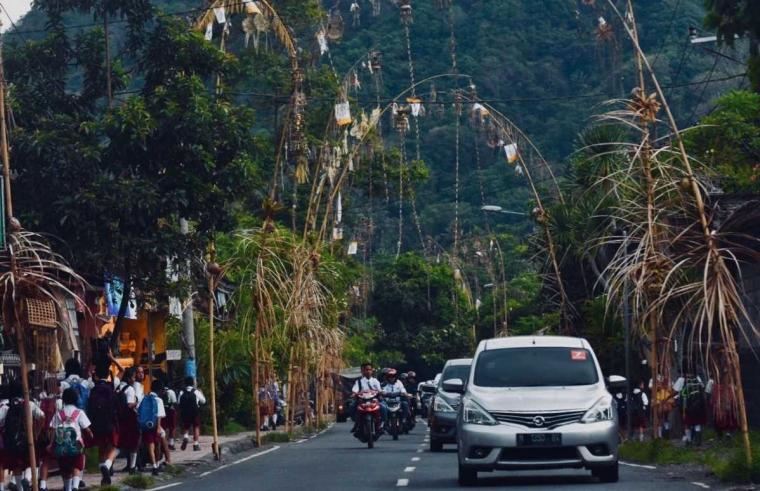 Tantangan Tujuh Liter Bensin, Melewati Candidasa dan Berakhir di Pantai Balangan
