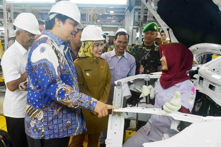 Keuntungan Menerapkan Sistem Industri 4.0 Bagi Produsen Otomotif