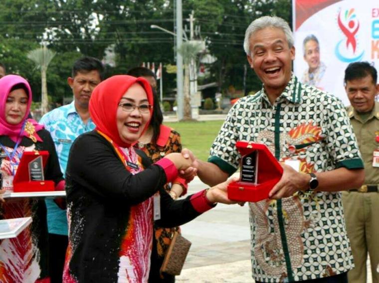 Anugerah Rumah Kedelai Award untuk Ganjar Pranowo