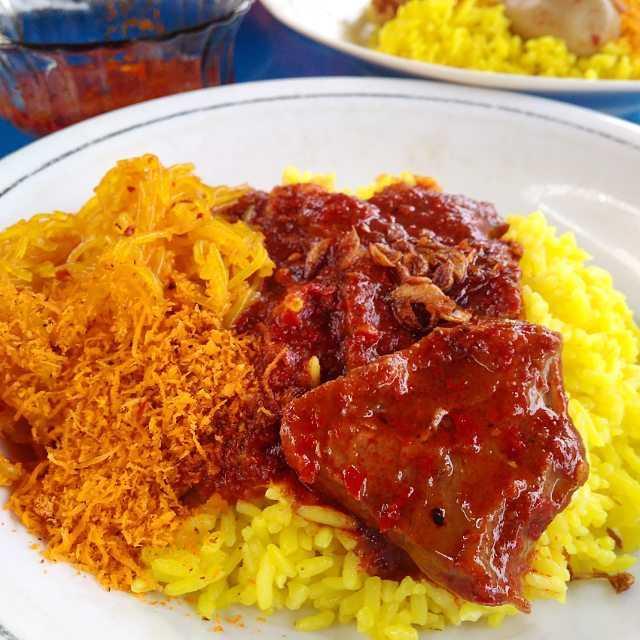 Kuliner yang Wajib Coba di Samarinda! Dari Nasi Kuning hingga Keripik