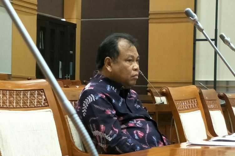 DPR Sahkan Perpanjangan Jabatan Arief Hidayat sebagai Hakim Konstitusi