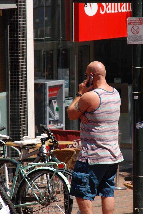 Kenapa Banyak Pria Inggris Berkepala Botak?