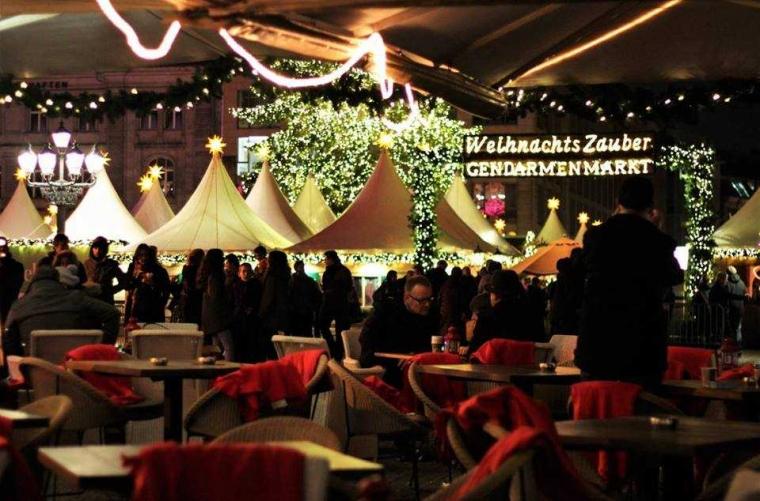 """""""Gendarmenmarkt"""", Pasar Natal Tercantik di Berlin"""