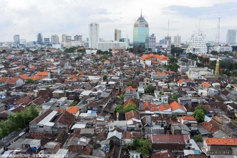 Dampak Tingginya Kepadatan Penduduk di Surabaya