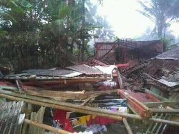 25+ Inspirasi Keren Pamflet Bencana Alam - Little Duckling ...