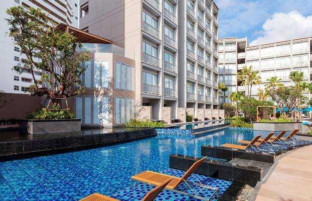 ''Pool Mercure'' di Hotel Kawasan Amin Supriyadi