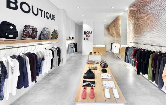 Butik Fashion di Area Galuh Mas Amin Supriyadi