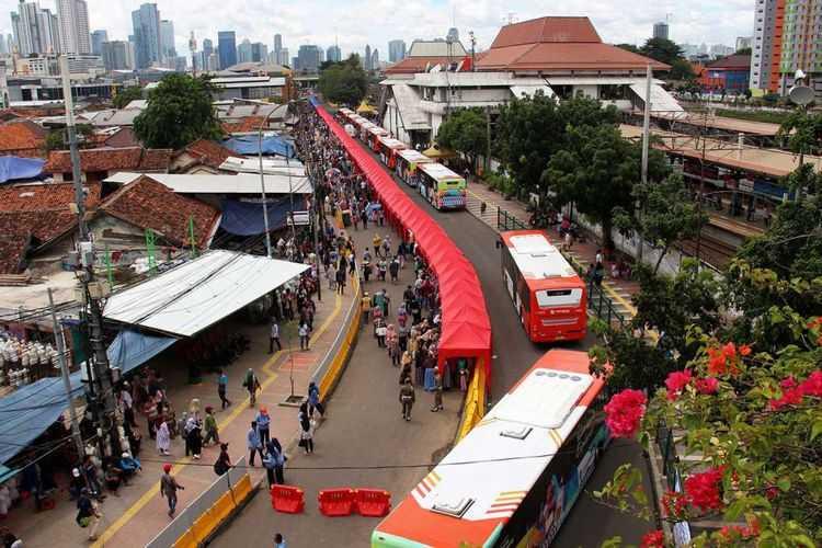 "Mengkritik ""Jalan Lain"" Anies Baswedan di Tanah Abang"
