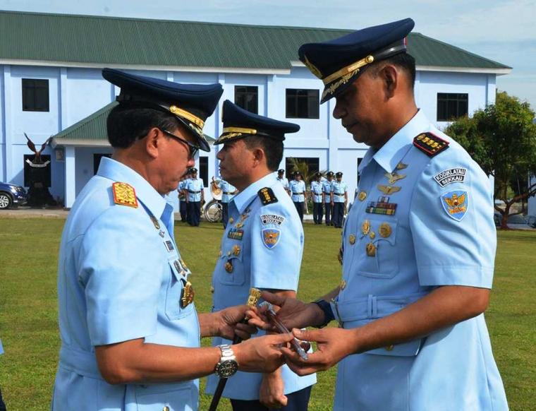 Dankodiklatau Lantik Kolonel Pnb Esron SB. Sinaga, S.E, M.A. Komandan Sekkau Baru