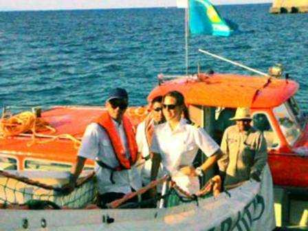 800 Turis Jerman Mendadak Buru Pantai Kita, Sumba