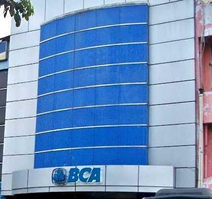 Laporkan ke BCA Jambi Kalau Ada Toko Tarik Biaya Debit