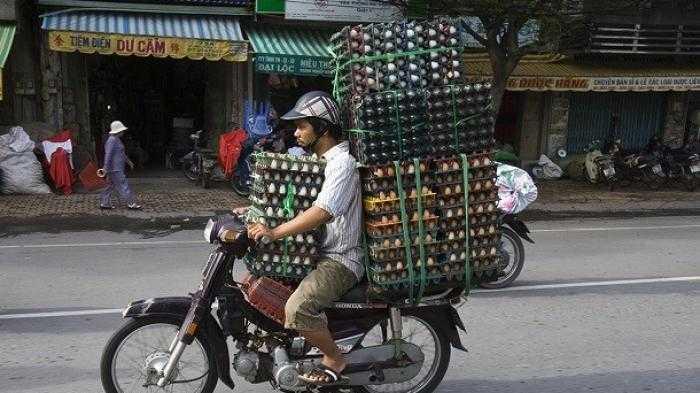 Sepeda Motor Seharusnya Tidak untuk Mengangkut Barang