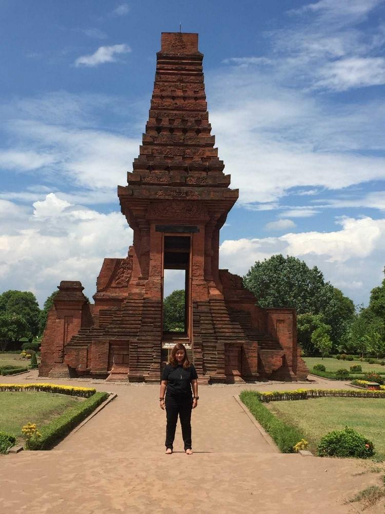 Napak Tilas Raja Jayanegara di Gapura Bajang Ratu Trowulan