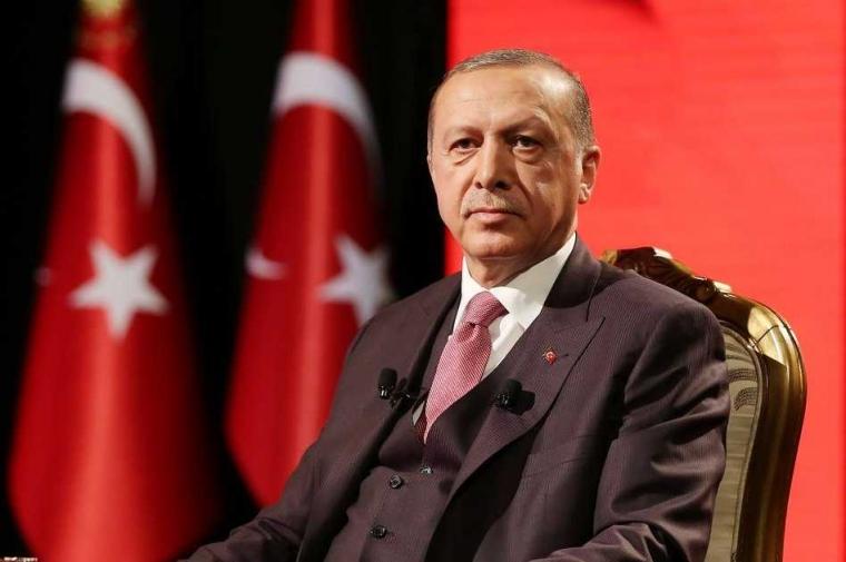"""Pantaskah Erdogan Dijuluki """"Sultan""""?"""