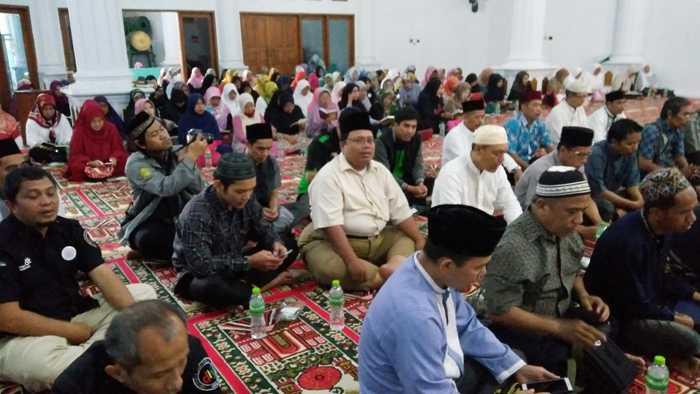 Penuh Haru, Warnai Doa Bersama untuk Korban Tanjakan Emen