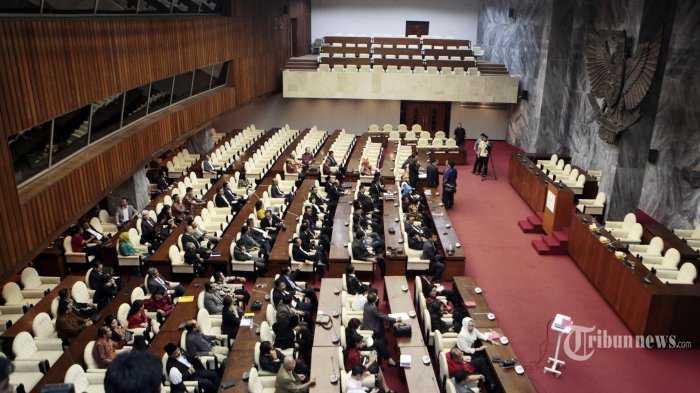 Anggota DPR RI (Tidak) Pantas Memiliki Hak Imunitas