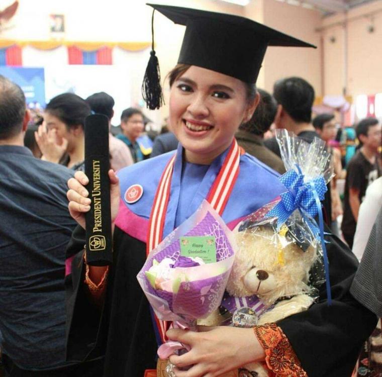 Lebih Dekat dengan Pheseline Felim, Mahasiswi President University Peraih IPK 4.00