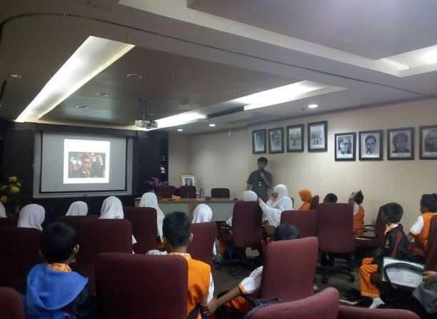 Siswa Kelas 5 Sekolah Dasar Juara Melaksanakan Kunjungan ke LKBN Antara