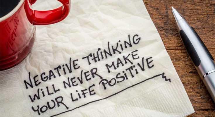 Suka Memelihara Pikiran Negatif? Buang Kebiasaan Buruk Ini