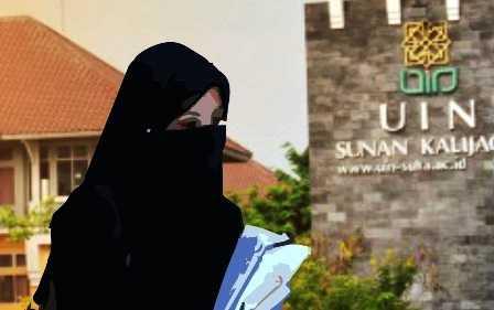 Pencerahan dari Sumanto Al Qartuby tentang Cadar