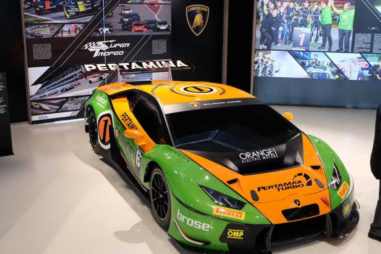 Terkagum-kagum Melihat Merek Indonesia di Museum Lamborghini Italia