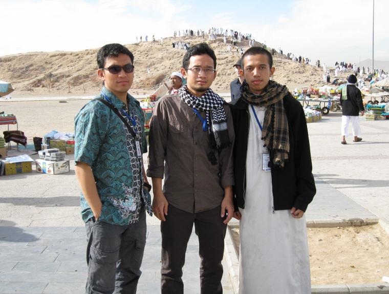 Undian Temus dan Memoar Bandara King Abdul Aziz (Secarik Kisah Perjalanan Haji)