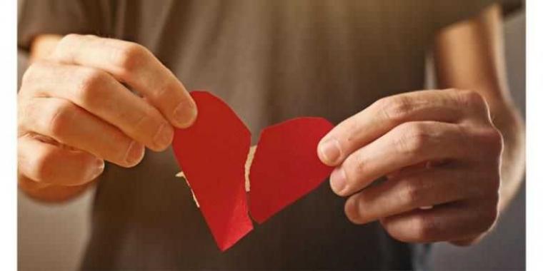 5 Tips Ampuh Atasi Patah Hati