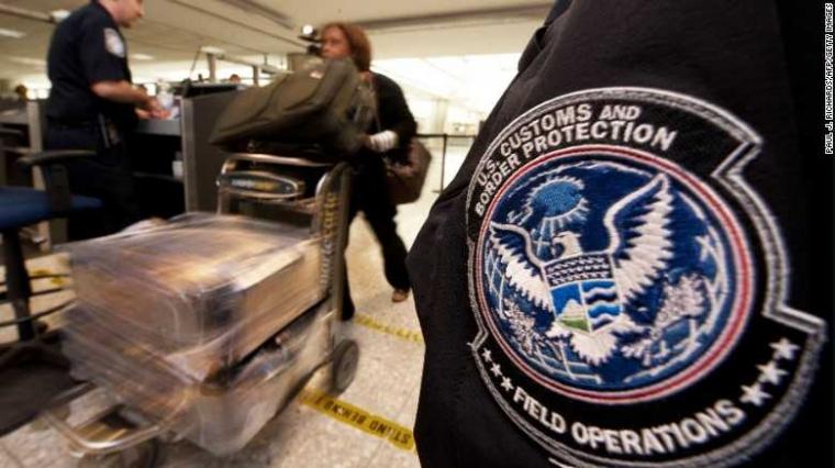 "Inilah Pengalaman Menegangkan dengan ""Customs and Border Protection"" Negeri Paman Sam"