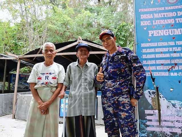 Kisah Penyu dan Dua Sejoli Difabel di Pulau Cangke
