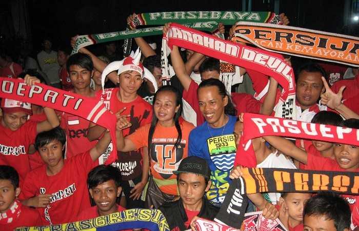 Menyoal Kedewasaan Suporter Sepak Bola Kita