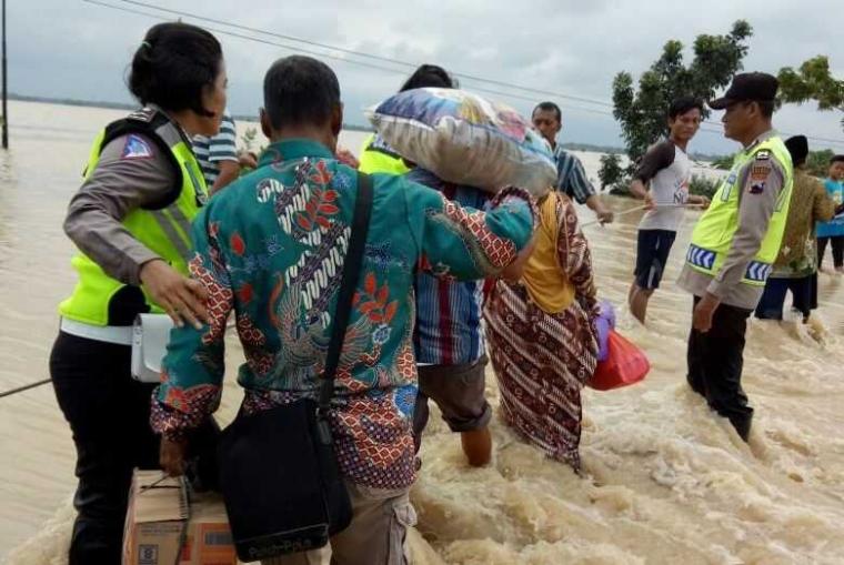 Persiapan Keluarga Hadapi Bencana Alam
