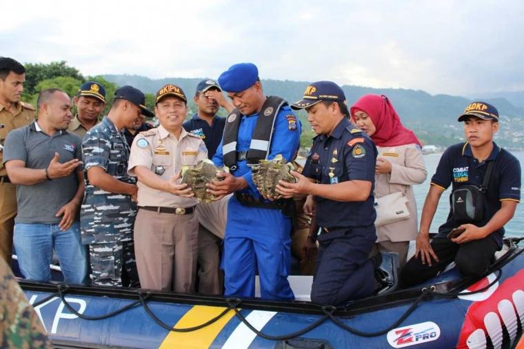 Pelepasliaran Ikan dan Kerang Dilindungi oleh BKIPM Luwuk Banggai
