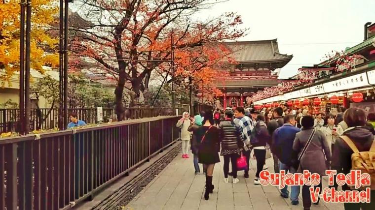 Ada Apa di Dua Gerbang Asakusa Temple di Tokyo?