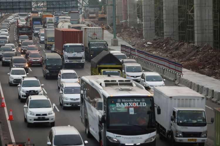 Menanti BPJT Kenakan Tarif bagi Mobil yang Masuk Jakarta