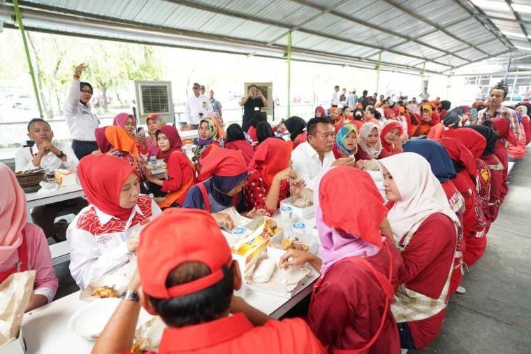 Di Majalengka, Kang Hasan Sosialisasikan Imah Rempeg DP 1 Persen kepada Para Buruh