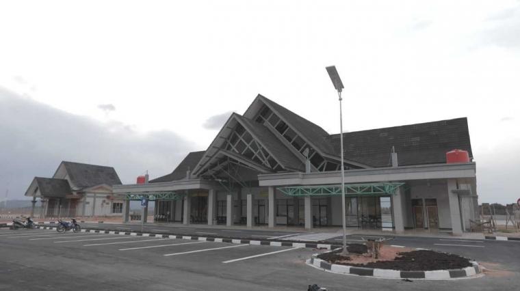 Bandara Letung Tak Hanya Melepas Kesulitan tapi Juga Tumbuhkan Ekonomi