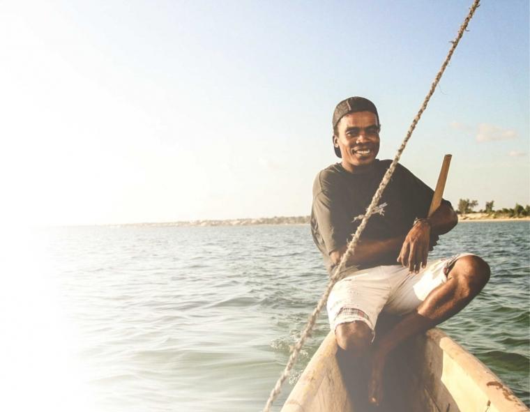 Nelayan di Garis Terdepan yang Belum Mapan