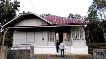 740+ Gambar Rumah Adat Minang Hitam Putih HD Terbaik
