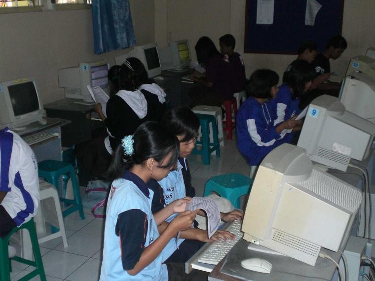 Peran Teknilogi Informasi dan Komunikasi (TIK) untuk Pendidikan