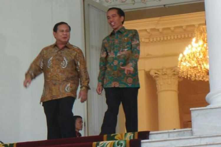 Survei Median: Elektabilitas Jokowi Naik, Prabowo Turun