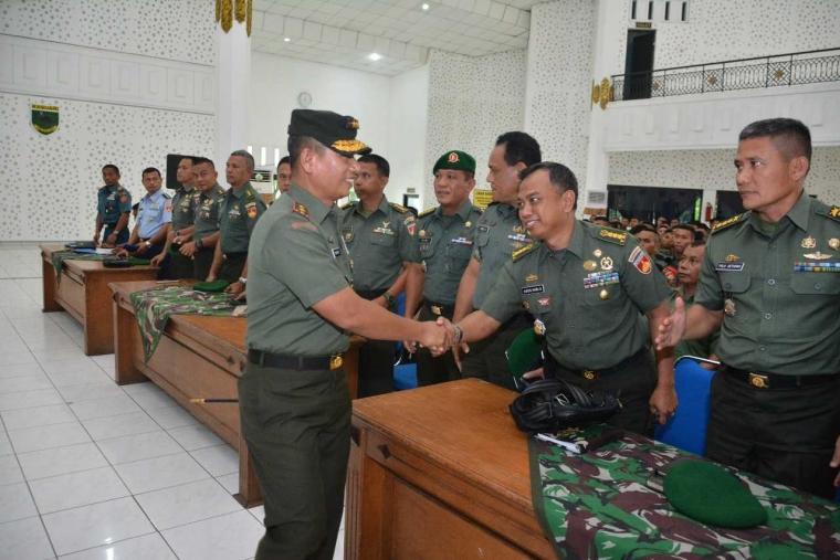 Tingkatkan Kemampuan Prajurit, Kodam IV/Diponegoro Latihan Pengamanan VVIP