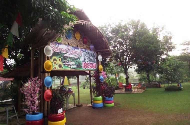 Mengintip Wisata Sehat dan Hemat di Taman Herbal Insani Depok