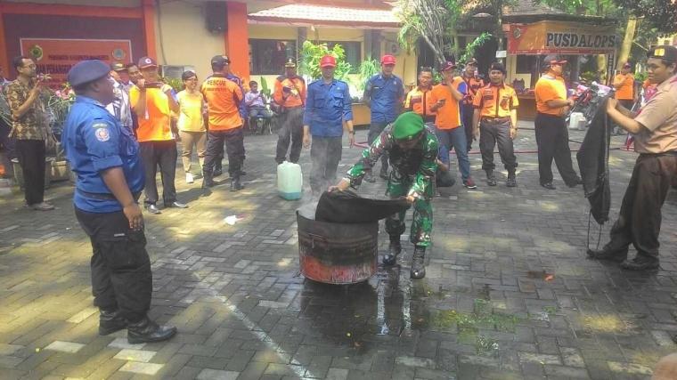Aparat Gabungan Relawan Gelar Simulasi Penanggulangan Bencana
