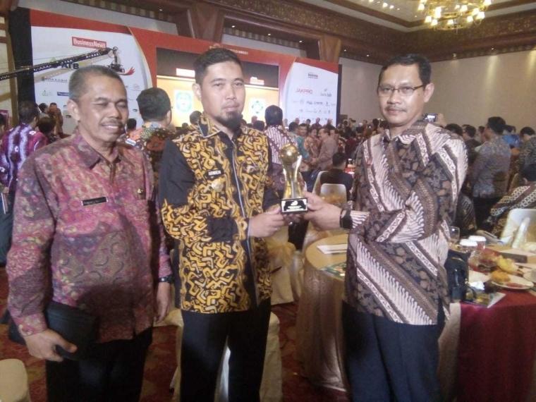 PAM TM Kota Palopo Provinsi Sulawesi Selatan Sabet Top BUMD 2018