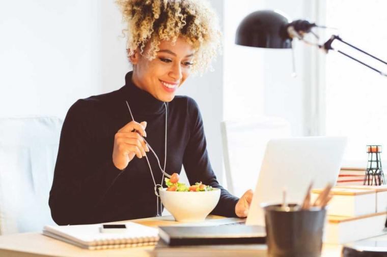 Hasil gambar untuk Gaya Hidup Sehat Untuk Pekerja Kantor