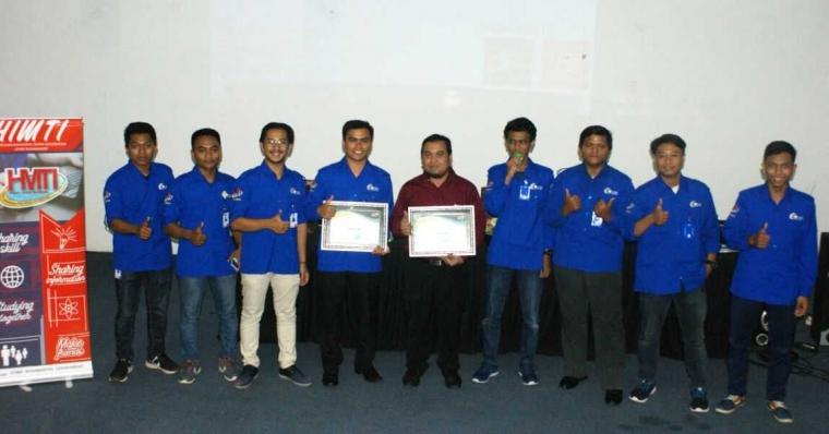 HIMTI STMIK Nusa Mandiri Gelar Seminar Big Data