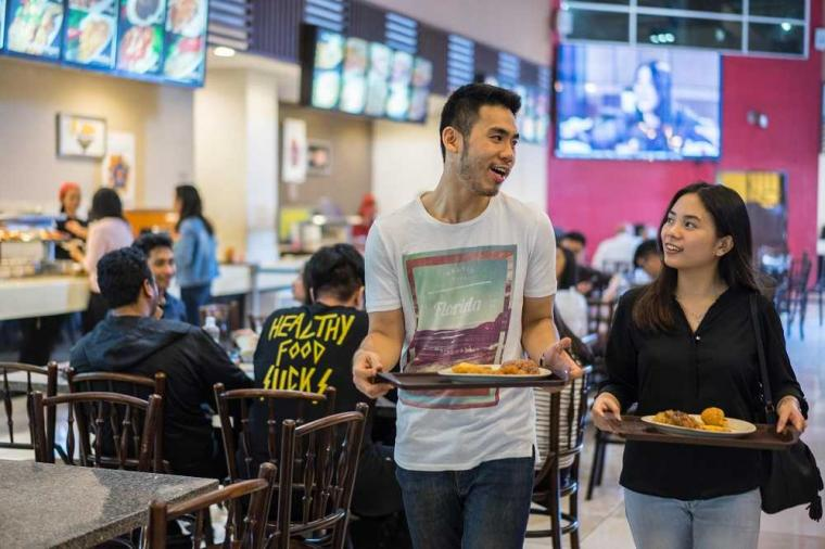 """""""Food Junction"""", Fasilitas Favorit Mahasiswa UPH"""