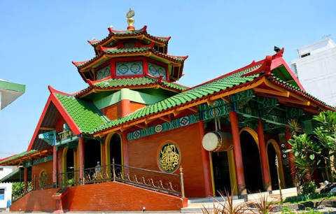Mengunjungi Masjid Muhammad Cheng Ho Surabaya